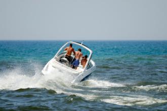 Unser Fahrschulteam auf See
